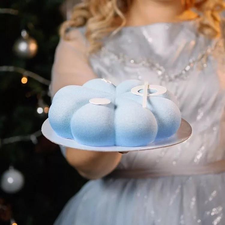 Julebil VW Boble med juletre på taket